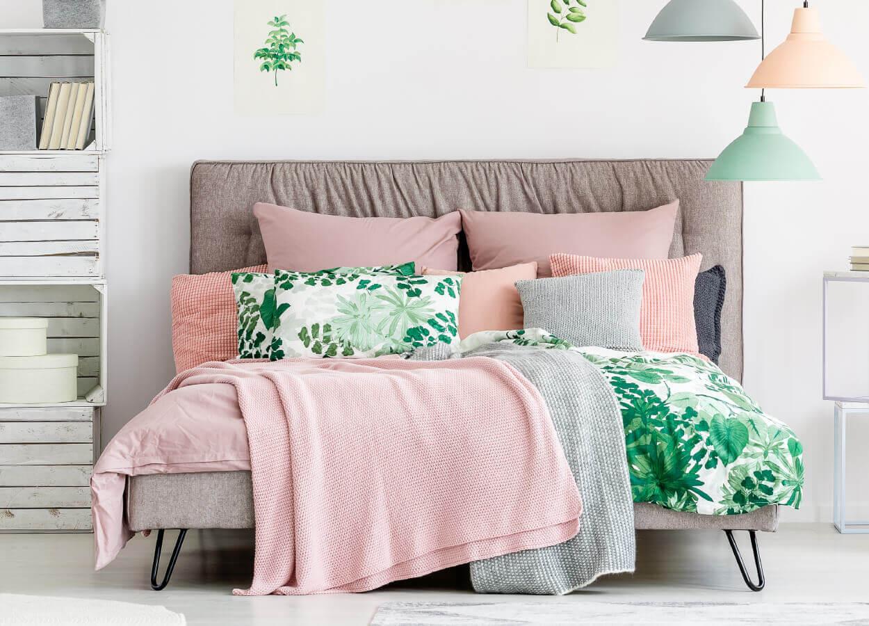 Pink Modern Bedroom 1